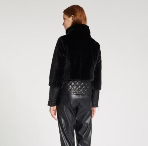 immagine 1 di Giubbino da donna in pelliccia ecologica della gaudì fashion con zip